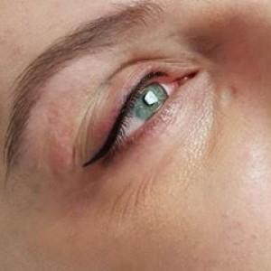 Makijaż permanentny oczu, kreska eyelinear